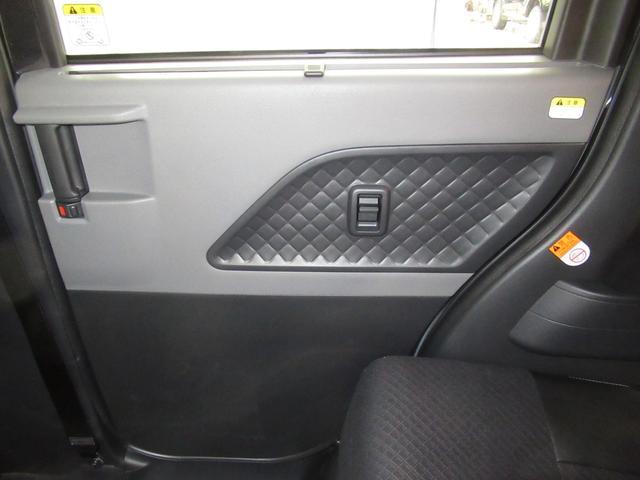 カスタムX ハーフレザー 安全装備 衝突被害軽減システム 横滑り防止機能 ABS エアバッグ 盗難防止装置 アイドリングストップ スマートキー キーレス フル装備 両側電動スライド LEDヘッドランプ フルエアロ(29枚目)