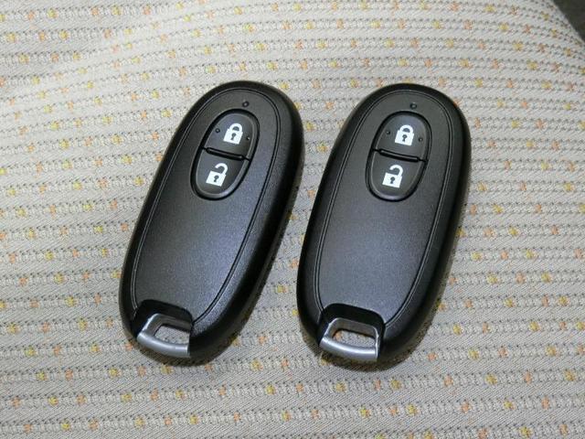 G ワンオーナー ABS エアバッグ 盗難防止装置 アイドリングストップ CD スマートキー キーレス フル装備 オートマ 記録簿(9枚目)