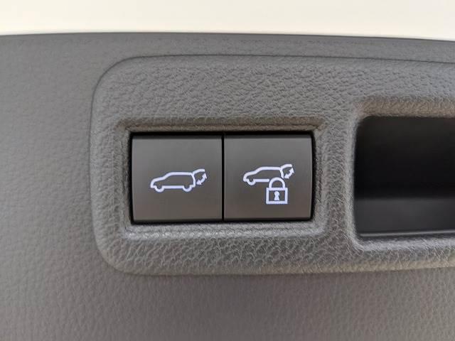 G ディスプレイオーディオ LEDヘッドライト パワーシート ハーフレザーシート デジタルインナーミラー レーダークルーズ 電動リアゲート ブルートゥース 新車未登録(8枚目)