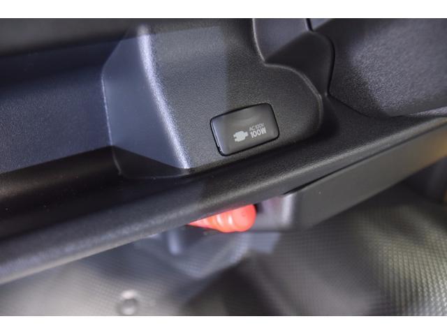 トヨタ ハイエースバン ロングDX  新車未登録  ディーゼル