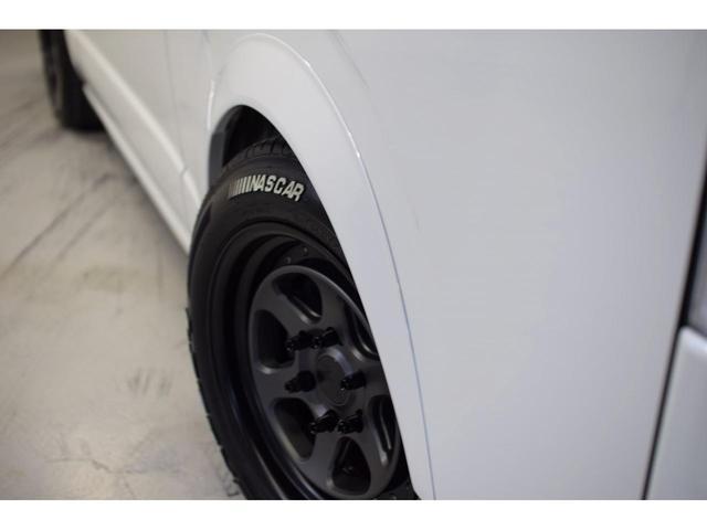 スーパーGL ダークプライムII 自社ユーザー様買取車・ワンオーナー・禁煙車・CRSユーズドコンプリート・EL17インチAW・F/S/Rスポイラー・LEDヘッドライト・防眩ミラー・両側パワースライド・ホワイトパールクリスタルシャイン(10枚目)