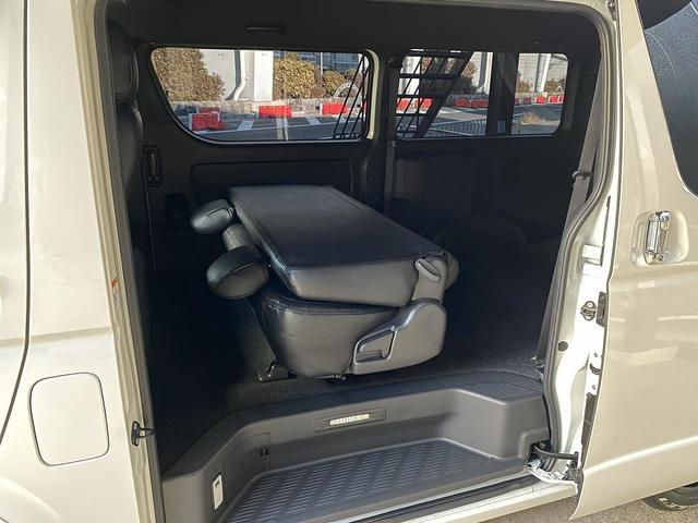スーパーGL ダークプライムII 自社ユーザー様買取車・ワンオーナー・禁煙車・CRSユーズドコンプリート・EL17インチAW・F/S/Rスポイラー・LEDヘッドライト・防眩ミラー・両側パワースライド・ホワイトパールクリスタルシャイン(31枚目)