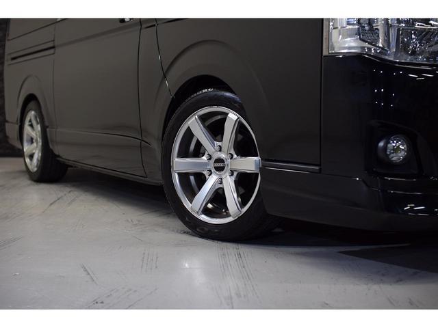 ロングスーパーGL ・CRSユーズドコンプリートカー入庫・ESSEX18インチAW・フロントリップスポイラー・純正OPナビ・アルパイン後席モニター・ESSEXシートカバー・LEDテールランプ・HIDヘッドライト(6枚目)
