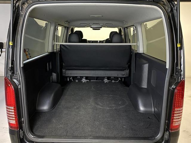 ロングスーパーGL ・CRSユーズドコンプリートカー入庫・ESSEX18インチAW・フロントリップスポイラー・純正OPナビ・アルパイン後席モニター・ESSEXシートカバー・LEDテールランプ・HIDヘッドライト(31枚目)