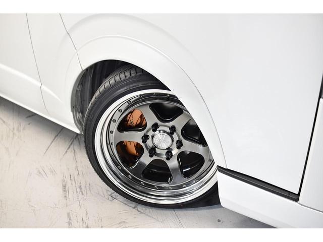 スーパーGL ダークプライムII CRSスタイルパッケージ カスタムカー ESSEXフロントリップスポイラー 深リム2ピースホイール EL-19ハイパーグロス オーバーフェンダー 3インチローダウン 車中泊ベッドキット(12枚目)
