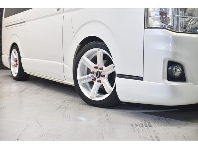 ロングスーパーGL 自社ユーザー買取車・ES18インチAW・フロントリップッスポイラー・リアスムージングバンパー・シートカバー・ケンウッドSDナビゲーション・HIDヘッドライト・ホワイトパール・AC100V電源(6枚目)