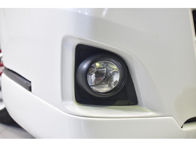 ロングスーパーGL 自社ユーザー買取車・ES18インチAW・フロントリップッスポイラー・リアスムージングバンパー・シートカバー・ケンウッドSDナビゲーション・HIDヘッドライト・ホワイトパール・AC100V電源(9枚目)