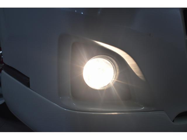 ロングスーパーGL 自社ユーザー買取車・ES18インチAW・フロントリップッスポイラー・リアスムージングバンパー・シートカバー・ケンウッドSDナビゲーション・HIDヘッドライト・ホワイトパール・AC100V電源(10枚目)