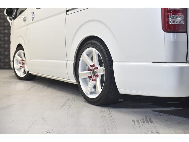 ロングスーパーGL 自社ユーザー買取車・ES18インチAW・フロントリップッスポイラー・リアスムージングバンパー・シートカバー・ケンウッドSDナビゲーション・HIDヘッドライト・ホワイトパール・AC100V電源(20枚目)