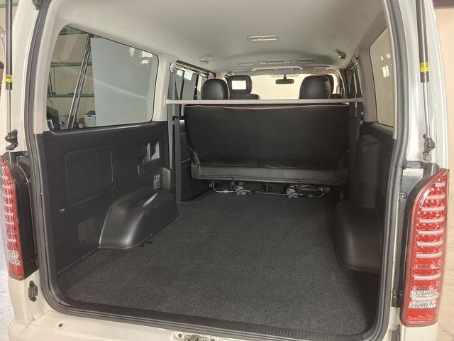 ロングスーパーGL 自社ユーザー買取車・ES18インチAW・フロントリップッスポイラー・リアスムージングバンパー・シートカバー・ケンウッドSDナビゲーション・HIDヘッドライト・ホワイトパール・AC100V電源(40枚目)