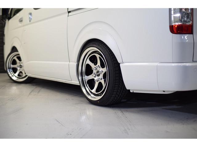 スーパーGL ダークプライムII CRSスタイルパッケージ カスタムカー ESSEXフロントリップスポイラー 深リム2ピースホイール EL-19ブラックポリッシュ オーバーフェンダー 3インチローダウン 車中泊ベッドキット(22枚目)