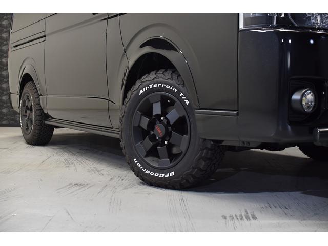 スーパーGL ダークプライム 自社ユーザー様買取・ワンオーナー・TRD16インチAW・3ナンバー乗用車登録・2インチリフトアップ・床フローリング・フェリソニン全面施工・マルチウェイベットキット・内装張り替え・スキッドバー・クルスロ(6枚目)