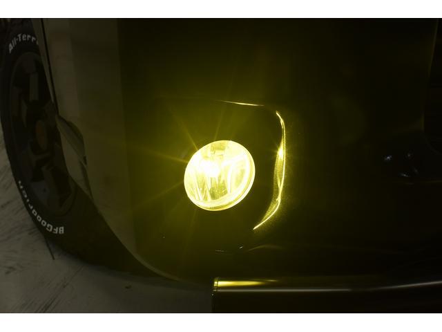 スーパーGL ダークプライム 自社ユーザー様買取・ワンオーナー・TRD16インチAW・3ナンバー乗用車登録・2インチリフトアップ・床フローリング・フェリソニン全面施工・マルチウェイベットキット・内装張り替え・スキッドバー・クルスロ(16枚目)