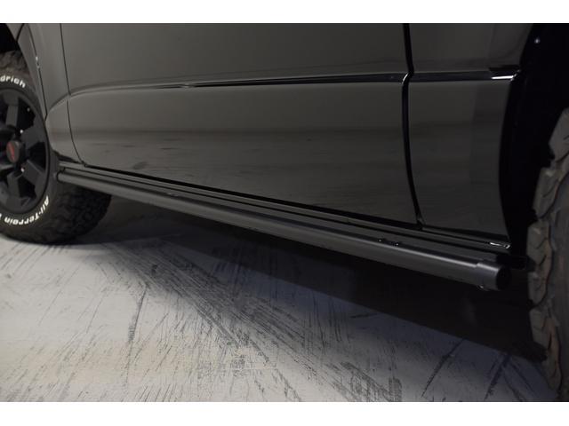 スーパーGL ダークプライム 自社ユーザー様買取・ワンオーナー・TRD16インチAW・3ナンバー乗用車登録・2インチリフトアップ・床フローリング・フェリソニン全面施工・マルチウェイベットキット・内装張り替え・スキッドバー・クルスロ(24枚目)