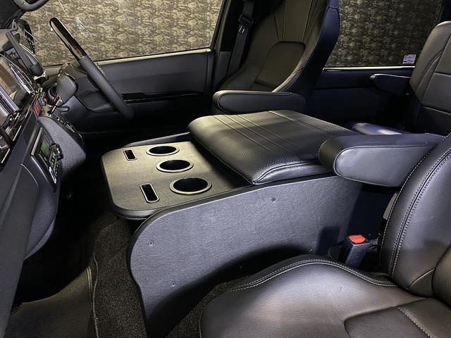 スーパーGL ダークプライム 自社ユーザー様買取・ワンオーナー・TRD16インチAW・3ナンバー乗用車登録・2インチリフトアップ・床フローリング・フェリソニン全面施工・マルチウェイベットキット・内装張り替え・スキッドバー・クルスロ(45枚目)