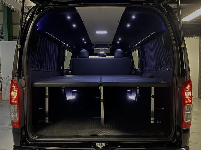 スーパーGL ダークプライム 自社ユーザー様買取・ワンオーナー・TRD16インチAW・3ナンバー乗用車登録・2インチリフトアップ・床フローリング・フェリソニン全面施工・マルチウェイベットキット・内装張り替え・スキッドバー・クルスロ(52枚目)