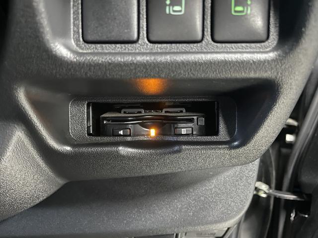 スーパーGL ダークプライム CRSユーズドコンプリートカー入庫・ESSEXフロントリップスポイラーVer4・ファブレスバローネ16インチAW・ローダウン・LEDヘッドライト・両側パワースライドドア・プッシュスタート(30枚目)