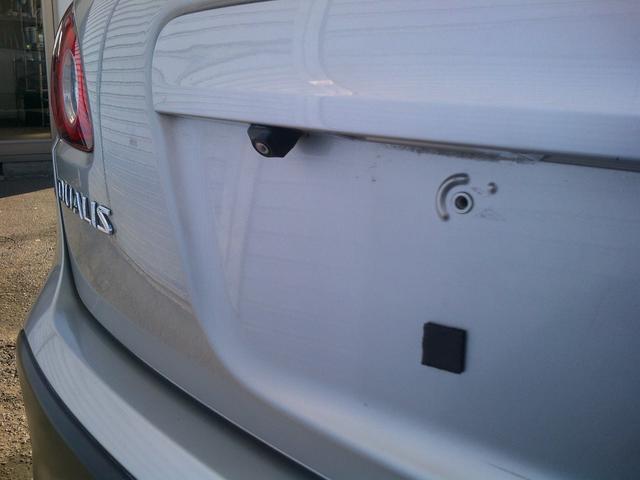 バックカメラ付きで駐車時も楽々です!