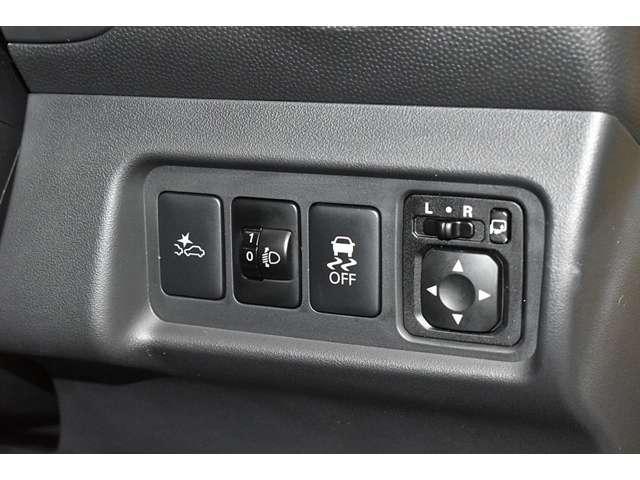 1.2G メモリーナビ 衝突被害軽減ブレーキ ETC 衝突軽減ブレーキ メモリーナビ スマートキー アイドリングストップ アルミホイール 横滑り防止装置 フルセグ ナビTV付き ABS LED(3枚目)