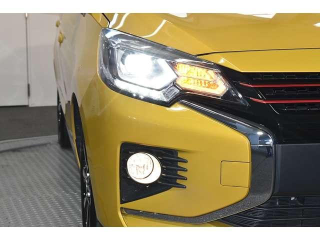 1.2G メモリーナビ 衝突被害軽減ブレーキ ETC 衝突軽減ブレーキ メモリーナビ スマートキー アイドリングストップ アルミホイール 横滑り防止装置 フルセグ ナビTV付き ABS LED(5枚目)
