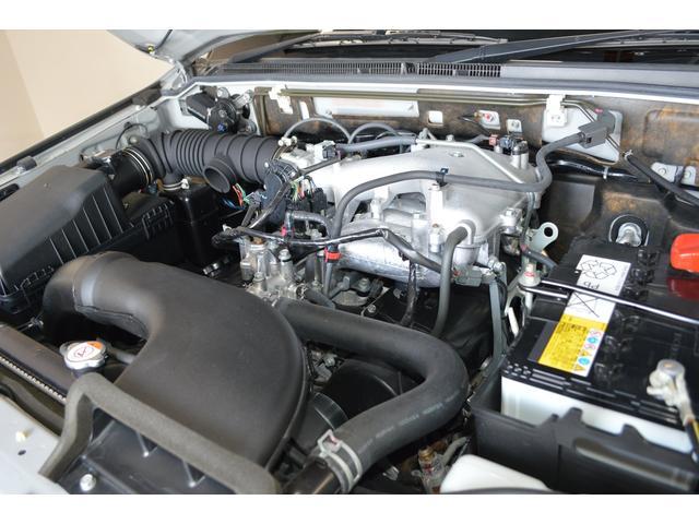 クリーンカー新大阪は三菱ディーラーの中古車センターです☆本体価格には車検・点検の整備費用が含まれており余計な整備費用はいただきません。