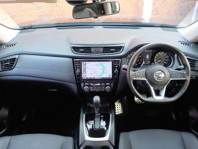 20X 4WD 5人乗り 衝突時被害軽減ブレ-キ 踏み間違い衝突防止アシスト 9インチ大画面ナビ フルセグTV Bluetoothオーディオ DVD・ブルーレイビデオ再生 バックカメラ ドラレコ ETC(4枚目)