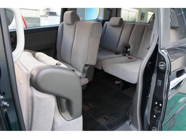運転しやすいダッシュオートマ・ナビはTV&DVD視聴できます・オートエアコンで常に快適な室温でドライブして頂けま