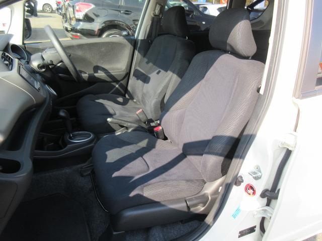 運転席・助手席シートアップ写真です!