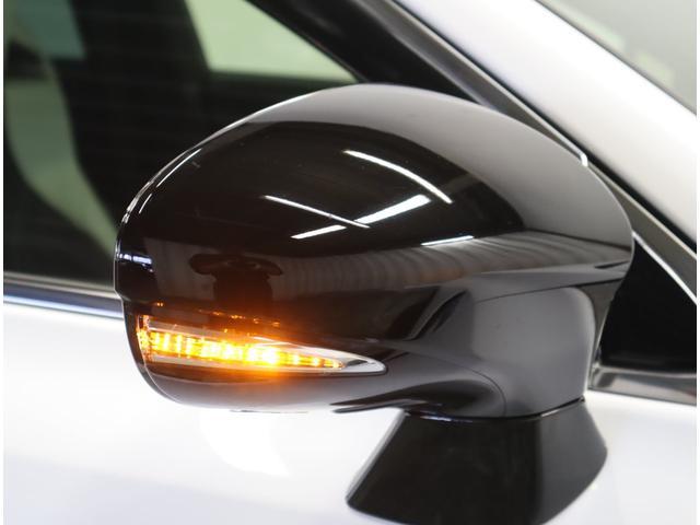 ベースグレード プリクラッシュセーフティシステム ムーンルーフ ヘッドアップディスプレイ ブラインドスポットモニター シートヒーターベンチレーション パワーバックドア(24枚目)