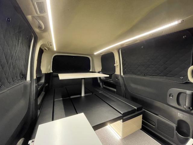 キャンピングカー トランポ 新品架装 車中泊 8ナンバー キャンパー ベッドキット サブバッテリー 走行充電器 USB/DC電源 バンコン 事務室 移動販売車(7枚目)