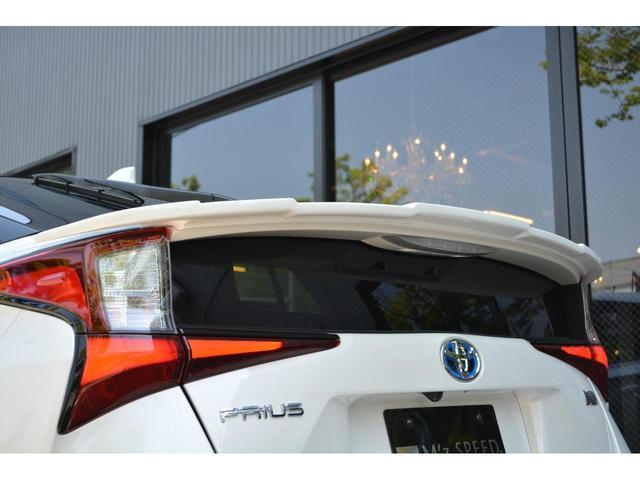 A ZEUS新車カスタムコンプリートカー!エアロ(3点)・Rウィング・グリル・車高調・19インチ・マフラー・LEDアクセサリー・アルパインナビ・ETC・カメラ。LEDフォグ・ナビレディー・ムーンルーフ付。(14枚目)
