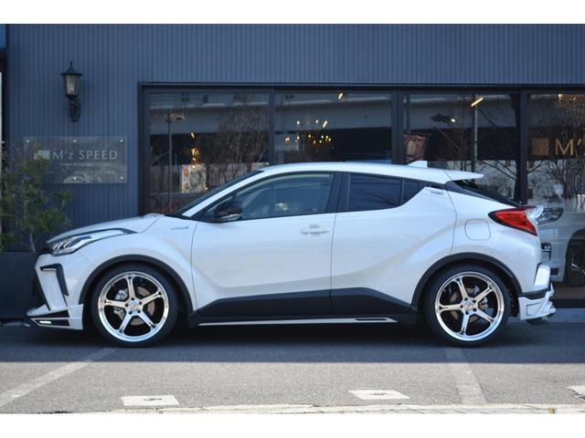 S ZEUS新車カスタムコンプリートカー!エアロ(F/S/R)・デイライトガーニッシュ・フロントグリルガーニッシュ・リアゲートウィング・LEDバックフォグランプ・車高調・4本出マフラー・20インチAW。(4枚目)