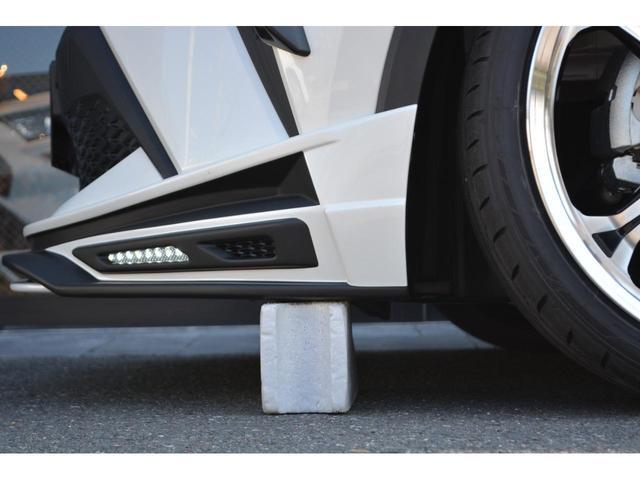 S ZEUS新車カスタムコンプリートカー!エアロ(F/S/R)・デイライトガーニッシュ・フロントグリルガーニッシュ・リアゲートウィング・LEDバックフォグランプ・車高調・4本出マフラー・20インチAW。(11枚目)