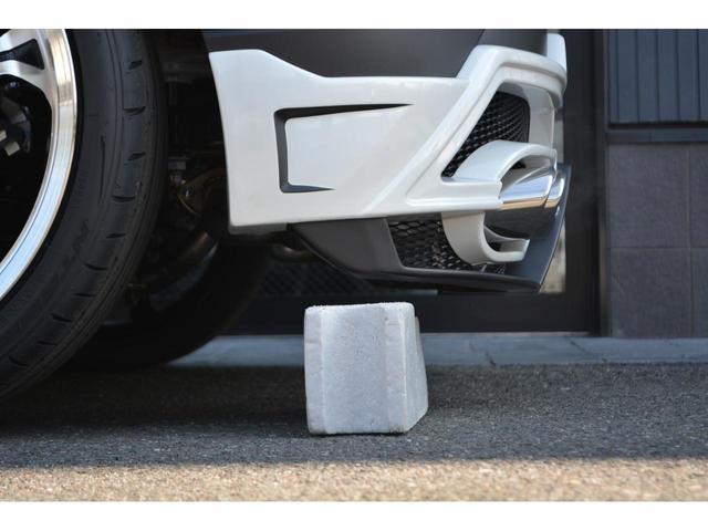 S ZEUS新車カスタムコンプリートカー!エアロ(F/S/R)・デイライトガーニッシュ・フロントグリルガーニッシュ・リアゲートウィング・LEDバックフォグランプ・車高調・4本出マフラー・20インチAW。(12枚目)
