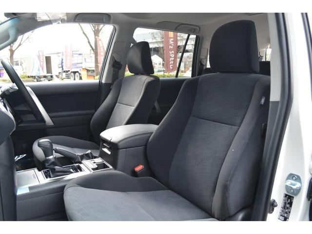 TX 7人乗 ZEUS新車カスタムコンプリートカー!エアロ(F/S/R)・フロントグリル・メッキピラー・ダウンサス・20インチAW・アルパインナビ・ETCバックカメラ。電動ムーンルーフ・クリアランスソナー。(16枚目)