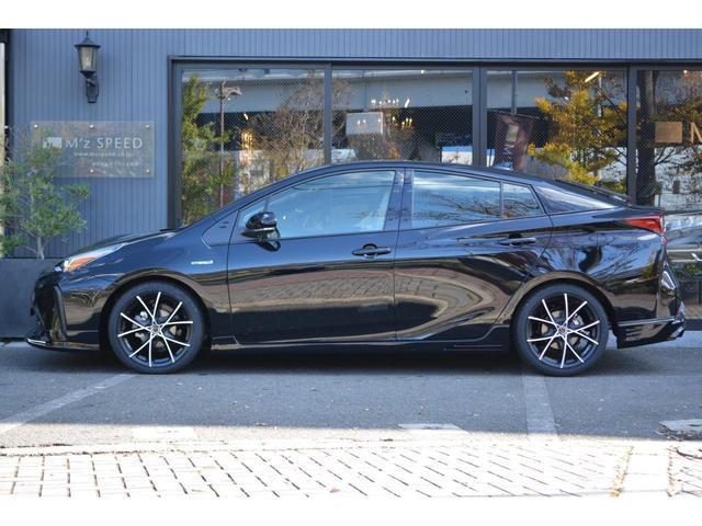 S ZEUS新車カスタムコンプリートカー!エアロ(F/S/R)・ダウンサス・18インチAW・アルパインナビ・ETC・バックカメラ。LEDフォグ・ナビレディーセット付。(4枚目)