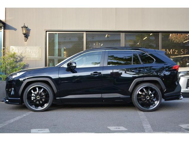 X ZEUS新車カスタムコンプリートカー!エアロ(F/S/R)・フロントグリル・4本出マフラー・車高調・22インチAW・アルパイン9型ナビ・ETC。バックカメラ+BSM付。(4枚目)