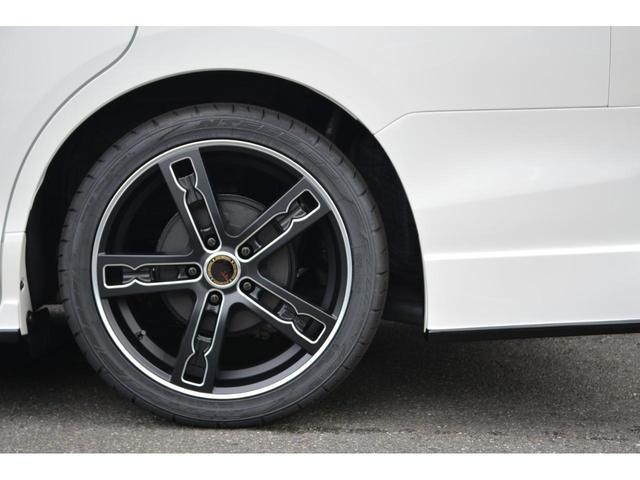 Gi プレミアムパッケージ ブラックテーラード ZEUS新車カスタムコンプリートカー・エアロ・F/S/R・グリル・FT・ダウンサス・18インチAW・マフラー・モデリスタ製リアスポイラー・カロッツェリアナビ・ETC・バックカメラ(11枚目)