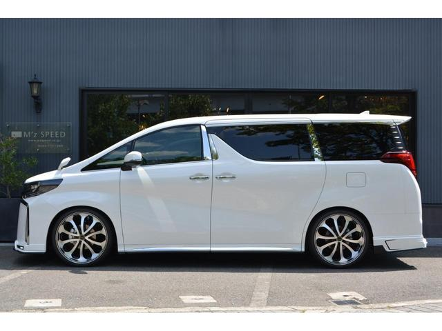 2.5S タイプゴールド ZEUS新車カスタムコンプリートカー!エアロ・F/S/R・グリル・FT・車高調・22インチAW・マフラー・ピラー・ディスプレイオーディオ・ETC・バックカメラ・ツインムーンルーフ付(4枚目)