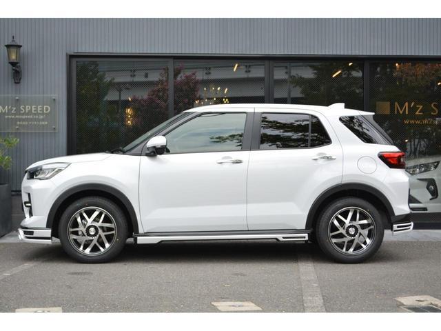 Z ZEUS新車カスタムコンプリートカー・エアロ・F/S/R/・17インチAW・アルパインナビ・ETC・ナビレディパッケージ付(4枚目)