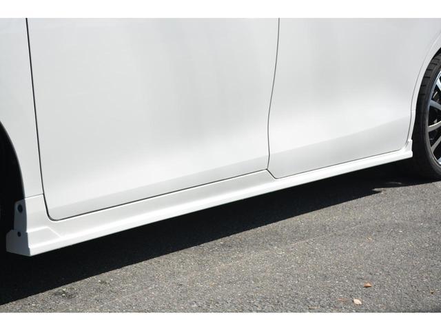 Gi 8人乗 ZEUS新車カスタムコンプリートカー・エアロ・F/S/R・グリル・FT・リアウィング・車高調・19インチAW・マフラー・カロッツェリア楽ナビ・ETC・バックカメラ(8枚目)
