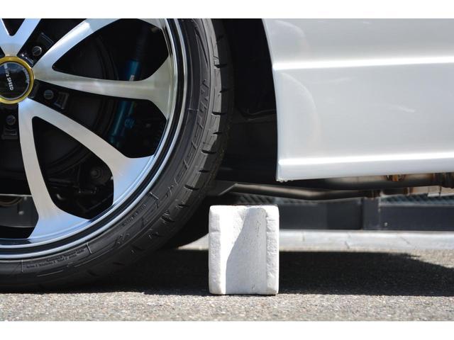Gi 8人乗 ZEUS新車カスタムコンプリートカー・エアロ・F/S/R・グリル・FT・リアウィング・車高調・19インチAW・マフラー・カロッツェリア楽ナビ・ETC・バックカメラ(13枚目)