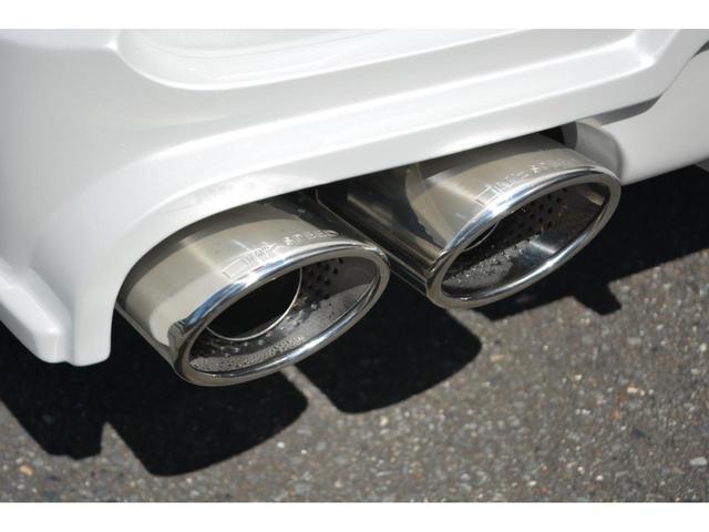Gi 8人乗 ZEUS新車カスタムコンプリートカー・エアロ・F/S/R・グリル・FT・リアウィング・車高調・19インチAW・マフラー・カロッツェリア楽ナビ・ETC・バックカメラ(19枚目)
