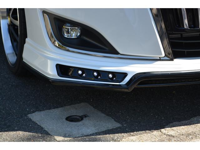ハイブリッドGiプレミアムパッケジブラックテーラード 7人乗 ZEUS新車カスタムコンプリートカー・エアロ・F/S/R・グリル・FT・リアウィング・メッキピラー・車高調・19インチAW・マフラー・アルパイン11型ナビ・ETC・バックカメラ(14枚目)