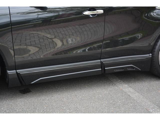G ZEUS新車カスタムコンプリートカー・エアロ3点・グリル・リアウィング・メッキピラー・ドアミラー・車高調・22インチ・マフラー・LEDバックフォグ・キャリパーカバー・BSM・12.3型ナビ・ETC(6枚目)