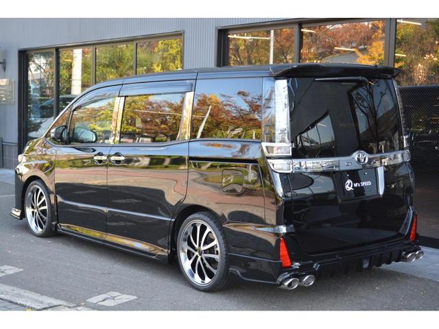 ZS 煌III 7人乗 ZEUS新車カスタムコンプリートカー・エアロ・F/S/R・グリル・FT・車高調・19インチAW・マフラー・アルパインナビ・ETC・バックカメラ(6枚目)
