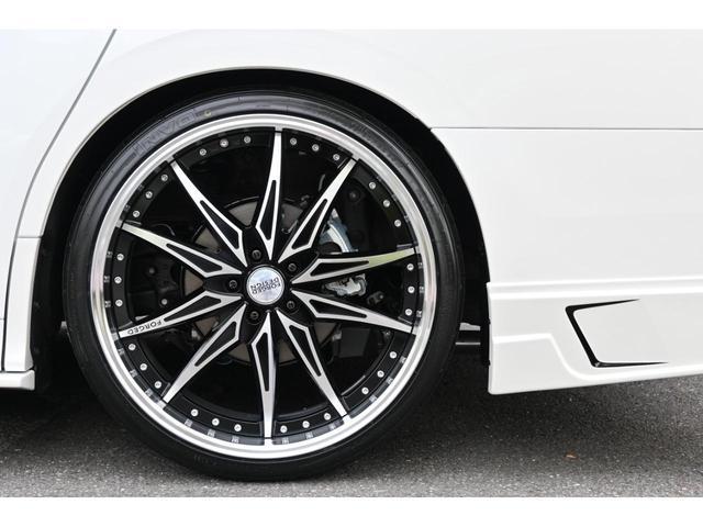 エグゼクティブラウンジS ZEUS新車カスタムコンプリートカー・エアロ3点・グリル・FT・車高調・22インチ・マフラー・メッキピラー・10.5型ディスプレイ・置くだけ充電・ツインムーンルーフ・ITS・ACコンセント(11枚目)