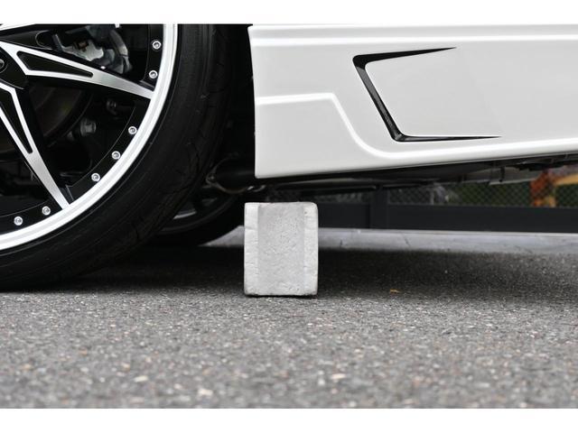 エグゼクティブラウンジS ZEUS新車カスタムコンプリートカー・エアロ3点・グリル・FT・車高調・22インチ・マフラー・メッキピラー・10.5型ディスプレイ・置くだけ充電・ツインムーンルーフ・ITS・ACコンセント(13枚目)