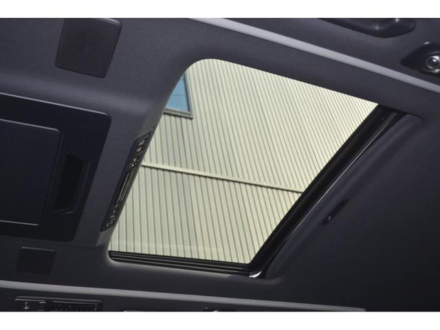 エグゼクティブラウンジS ZEUS新車カスタムコンプリートカー・エアロ3点・グリル・FT・車高調・22インチ・マフラー・メッキピラー・10.5型ディスプレイ・置くだけ充電・ツインムーンルーフ・ITS・ACコンセント(30枚目)