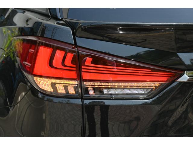 RX450h Fスポーツ ZEUS新車カスタムコンプリートカー・エアロ3点・Rゲートウィング・デイライトガーニッシュ・車高調・22インチ・4本出マフラー・パノラマルーフ・ルーフレール・パノラミックビュー・アダプティブハイビーム(27枚目)